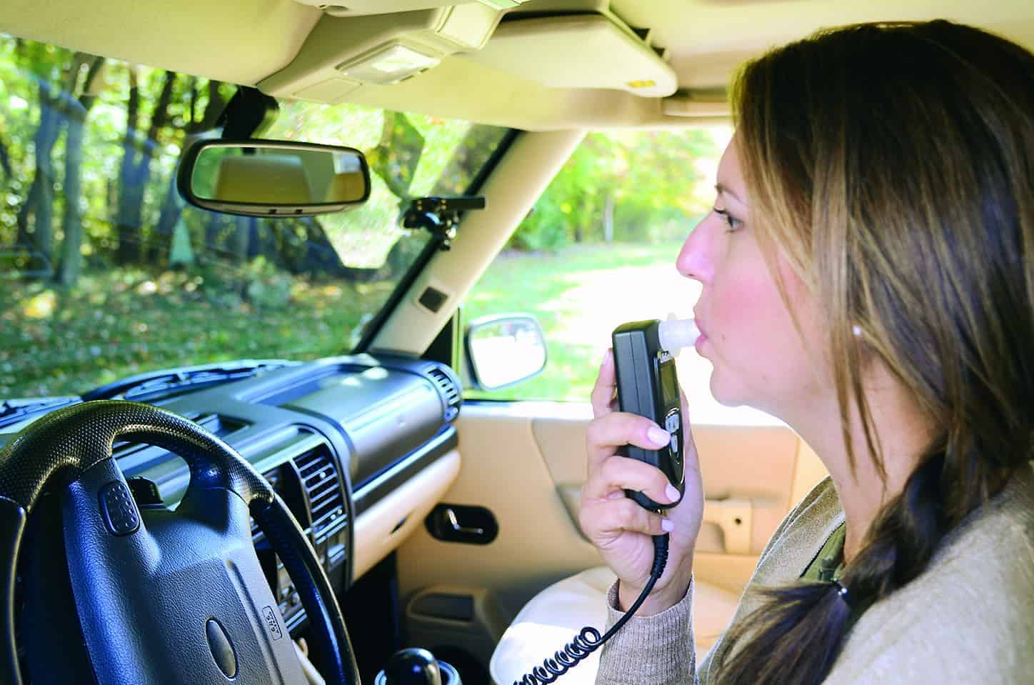 lifesafer-ignition-interlock-in-use