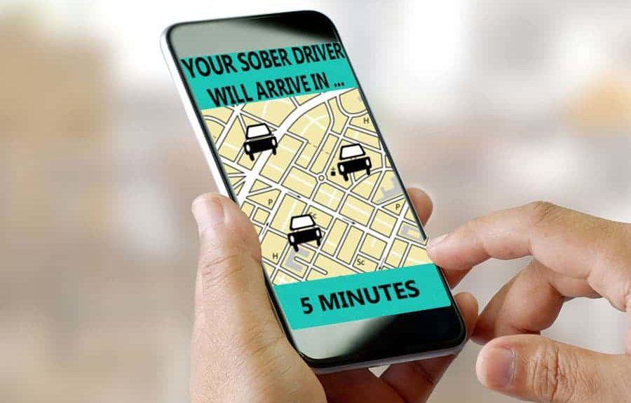 smarthone-calling-california-lyft-and-uber-drivers